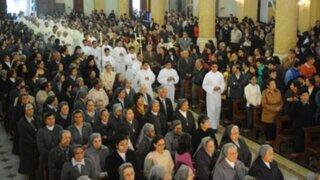 Iglesia evangélica realiza ceremonia de acción de gracias por el Perú