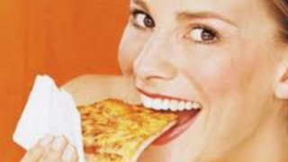 Consumo de carbohidratos aumentaría riesgo de cáncer de mama