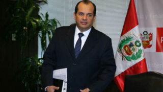 Castilla anunció más aumentos para autoridades y funcionarios