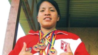 Olimpiadas: Levantadora de pesas nacional rompe récord personal pero es eliminada