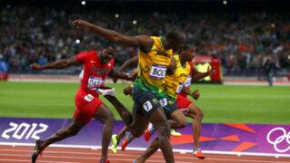 El rayo jamaiquino: Usain Bolt gana el oro en los 200 metros planos