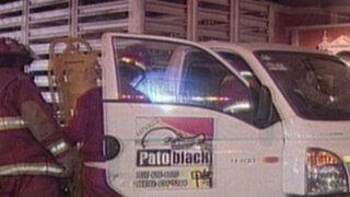 Patrullero provoca accidente: sus conductores habrían estado ebrios