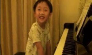 Niño prodigio de 4 años toca el piano como los grandes maestros