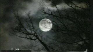 Impresionante 'Luna azul' iluminó el cielo en todo el mundo