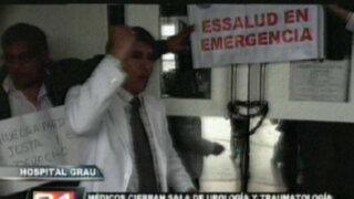 Pacientes lloran por lamentable situación en hospitales de Essalud