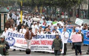 Médicos del Minsa iniciaron hoy huelga nacional indefinida