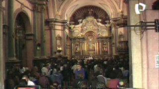 Devotos se preparan para la primera salida del Cristo Moreno