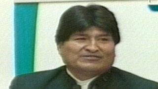 Evo Morales pide a actor Sean Penn promover legalización de la coca