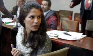 Eva Bracamonte permanece en la carceleta de Palacio de Justicia