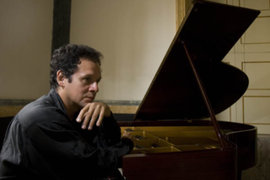 Chuquisengo: el pianista peruano que conquista al mundo de la música clásica
