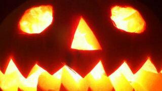 María Gracia Bertolotti y Bruno Luyo buscan el mejor disfraz para Halloween