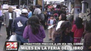 Miles de personas llegan en últimos días de Feria del Libro