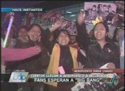 Miles de jovencitas esperaron a los integrantes de la banda coreana Big Bang