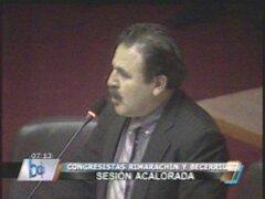 Legisladores Rimarachín y Becerril se confrontaron en Pleno del Congreso