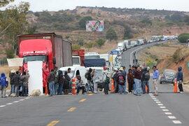 Cientos de cafetaleros de Junín se niegan a desbloquear carretera