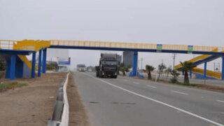 Mayoría de transeúntes mueren atropellados por no usar puentes peatonales