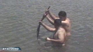 Ayacucho: Policía rescata cuerpos de jóvenes ahogados en laguna