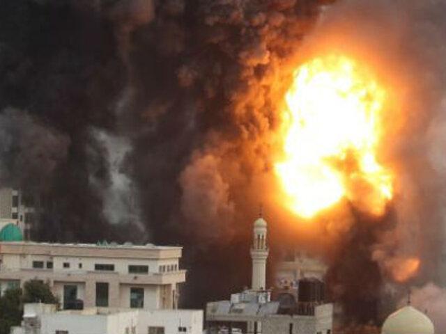 Israel intensifica ataques sobre Gaza y hay periodistas heridos