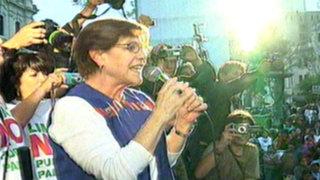 Alcaldesa de Lima lideró marcha contra proceso de revocatoria