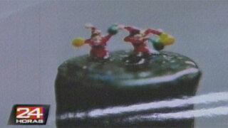 Taiwán: crean miniaturas navideñas que caben en la punta de un lápiz