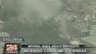 Incendio consume viviendas en cerro San Cristóbal