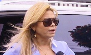 Gisela Valcárcel fue a la Dirandro para visitar a Maribel Velarde