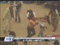 Cusco: mujeres se pelean a puño limpio en celebración del Takanacuy