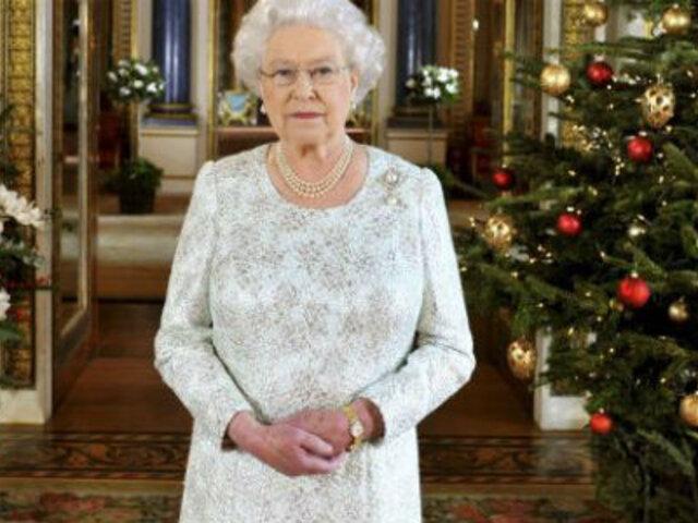 Inglaterra: reina Isabel II inicia nueva era en mensajes navideños