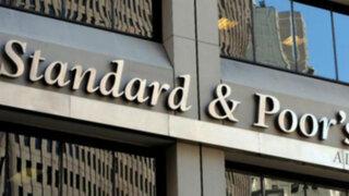 Standard & Poors: acuerdo contra recesión ayuda poco a finanzas de EEUU