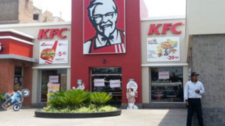 Aspec denuncia ante Indecopi a empresa de comida rápida KFC