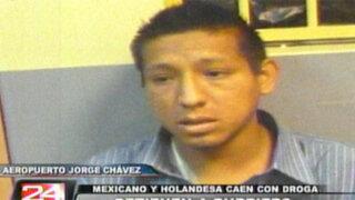 Policía detiene a 'burrier' mexicano con droga en glúteos y piernas