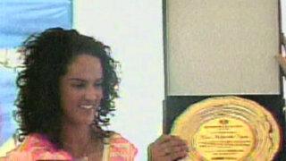 Kina Malpartida inicia escuela de box en San Juan de Miraflores