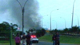 Vecinos del Rímac se quedaron sin luz por incendio en puente Santa Rosa