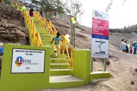 Sigue polémica por colores de escaleras realizadas por la comuna limeña