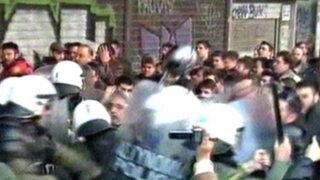 Noticias de las 6: violentos enfrentamientos por crisis en Grecia