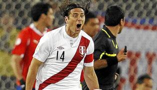 Pizarro: No me preocupa anotar goles si clasificamos al Mundial
