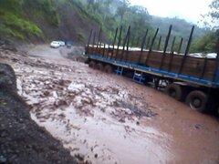 Huaycos e inundaciones causan destrozos en Cusco, Cañete y Huancayo