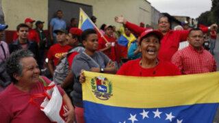 Miles de venezolanos se volcaron a las calles ante el regreso de Hugo Chávez