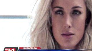 Familiares de novia asesinada por Pistorius pidieron justicia en su funeral