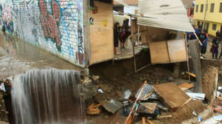 Noticias de las 5: tubería rota inunda asentamiento humano en Independecia