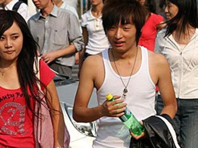 China: Singular negocio de alquiler de novios para celebrar el año nuevo