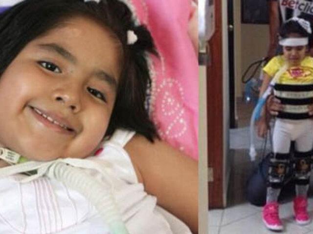 Tras largo tratamiento, niña Romina Cornejo ya puede ponerse de pie