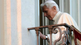 Casi 400 sacerdotes abusadores de menores fueron destituidos por Benedicto XVI