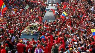 Venezolanos tomaron las calles de Caracas para despedir a Hugo Chávez