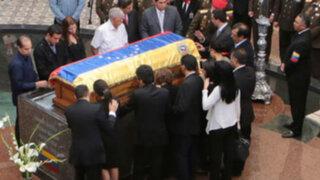 Adiós a Hugo Chávez, simpatizantes vieron por última vez restos de su líder