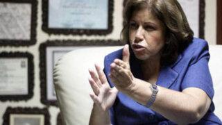 Lourdes Flores afirma que Javier Diez Canseco fue un gran  rival político