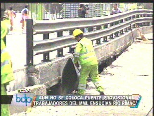 Municipio de Lima arroja desmonte al río Rímac