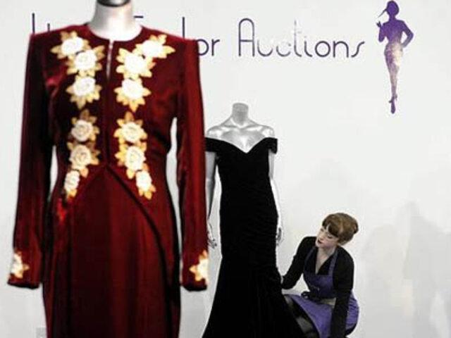 Reino Unido: subastan diez vestidos de la fallecida princesa Diana