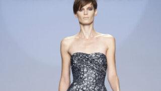 Ex editora de Vogue revela que modelos comen papel para estar delgadas