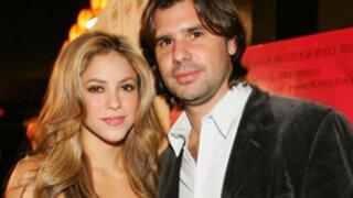 Shakira demanda su ex pareja y manager Antonio de la Rúa
